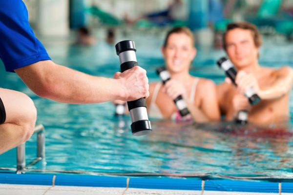 ACQUAGYM_ginnastica_in_piscina