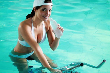 idrobike_in_piscina_1
