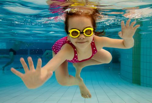 nuoto_acquaticita_bambina