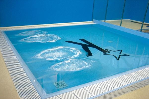 Nuoto - Piccola piscina ...